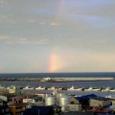 紋別港と虹